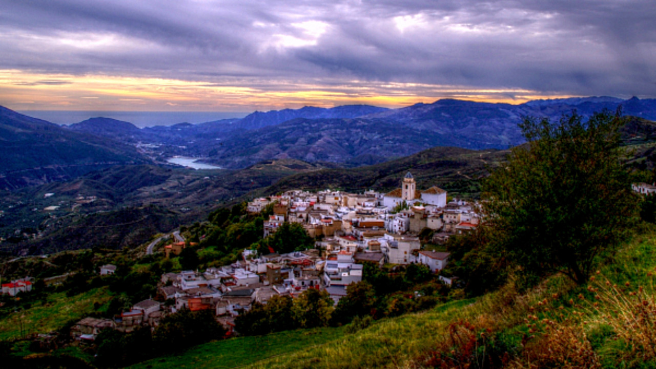 alpujarra, cañar, pitres, granada, andalucia, villages, travel, travel, offers, apartments, green sheep, sierra nevada